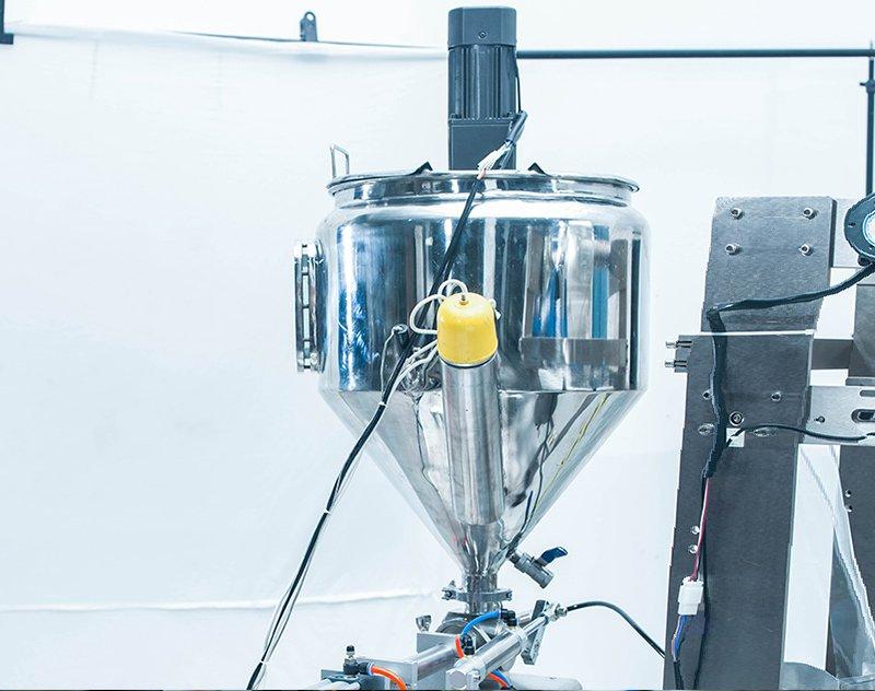 Liquid Pouch / Sachet Packaging Machine ZV-320L