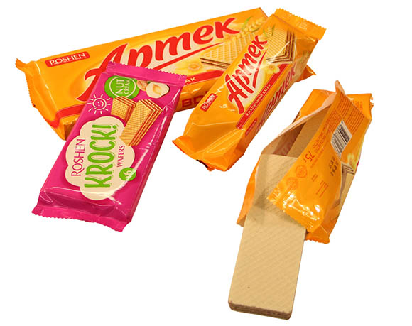 Wafer biscuit packaging