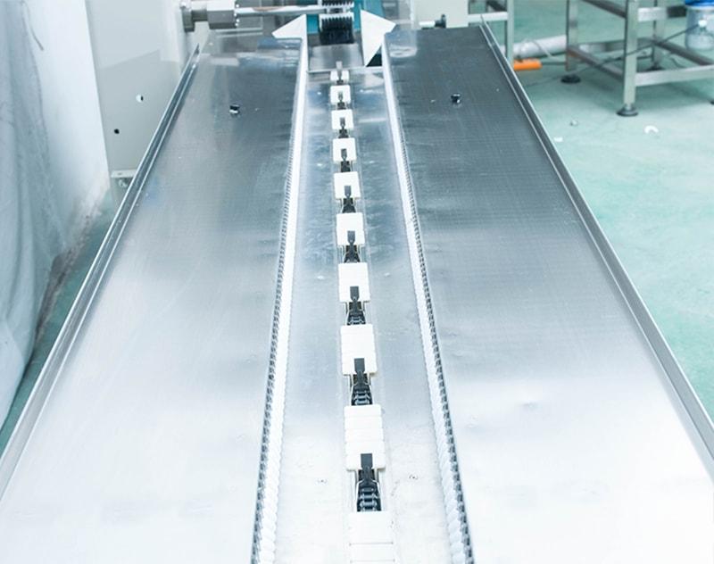 Horizontal Flow Wrapper Packing Machine